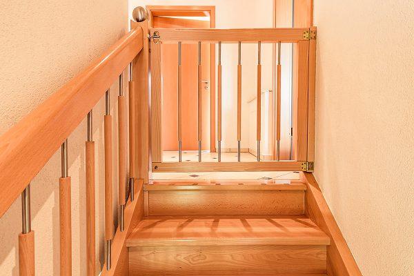 Sicherheit für Kinder: Treppenschutzgitter